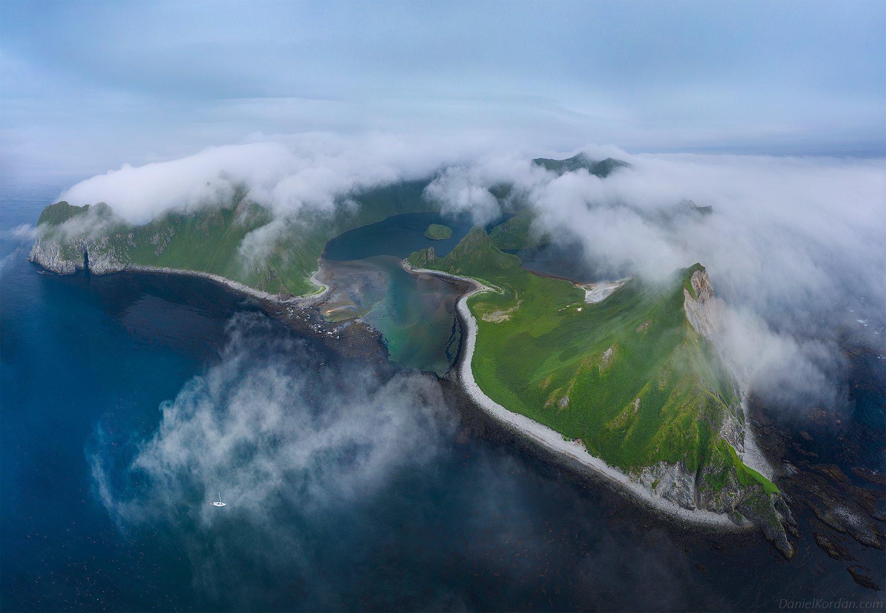 Остров Янкича, Северные Курилы, Даниил Коржонов