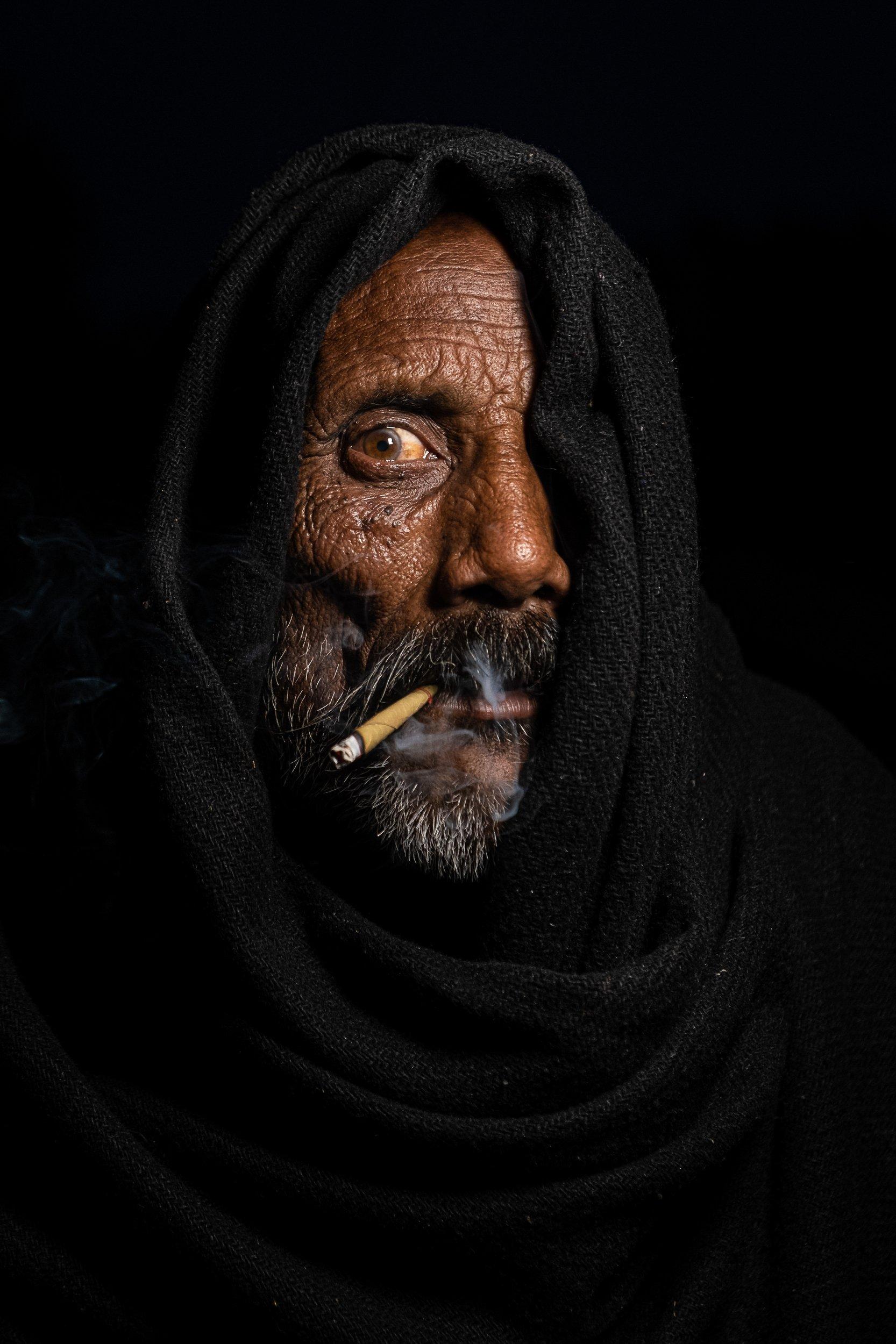 portrait smoking life style, Sayed Kashif