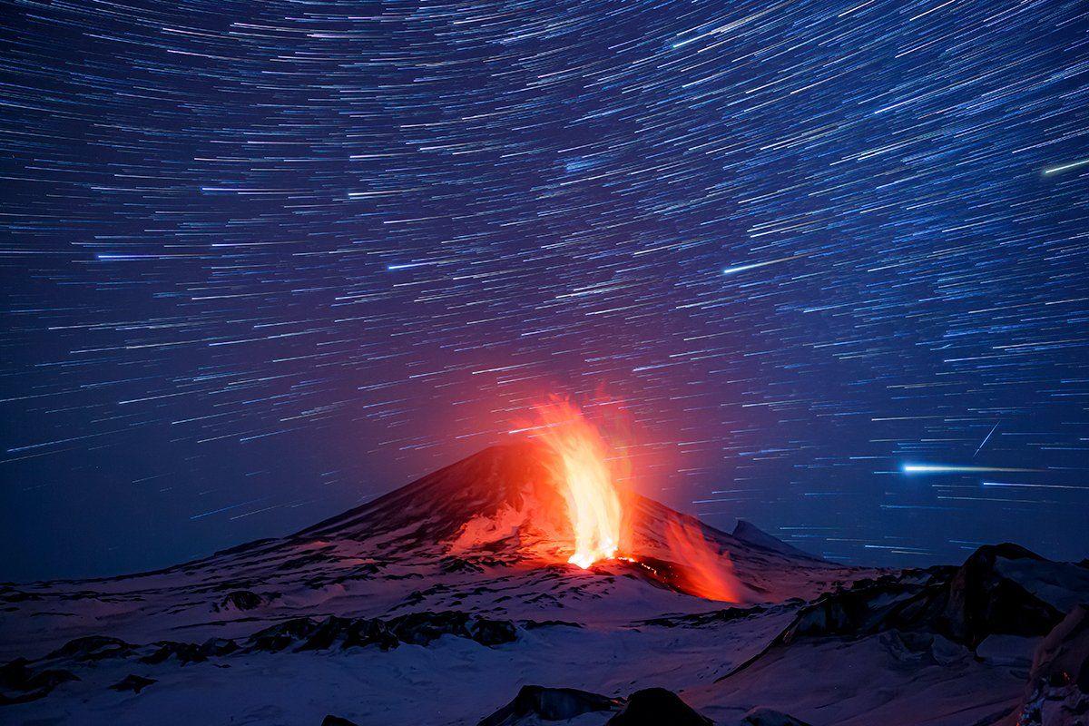 камчатка, вулкан, извержение, лава, природа, путешествие, фототур, звёзды, Денис Будьков