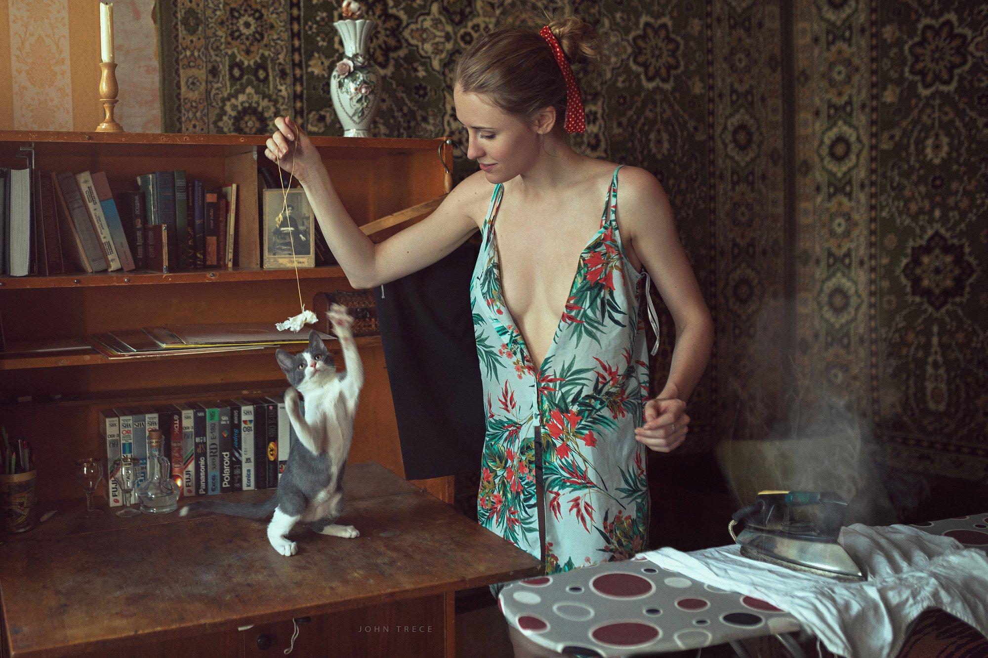 cat fail girl iron retro beautiful, Trece John