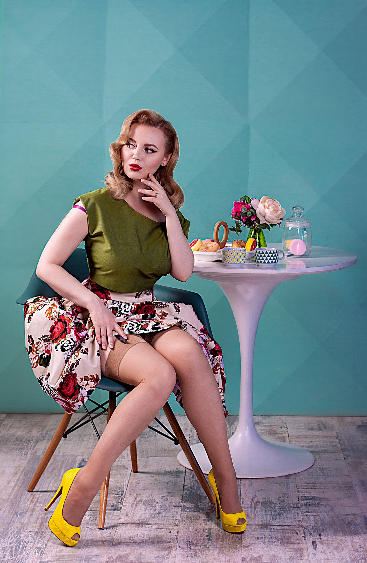 пинап, pinup, завтрак, пончик, женский портрет, Валерия Малиновска