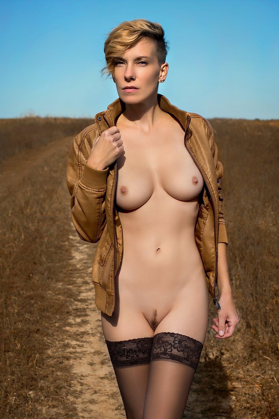 model, nude, naked, glamour, woman, female, colour, body, sexy, sensual, natural light, curves, portrait, erotica, fine art, fashion, autumn,, Lajos Csáki