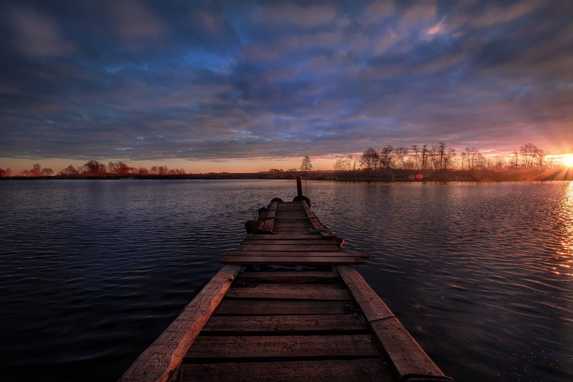 дубна, река, причал, ноябрь, холод, утро, рассвет, облачность, солнце, восход, вода, Андрей Чиж