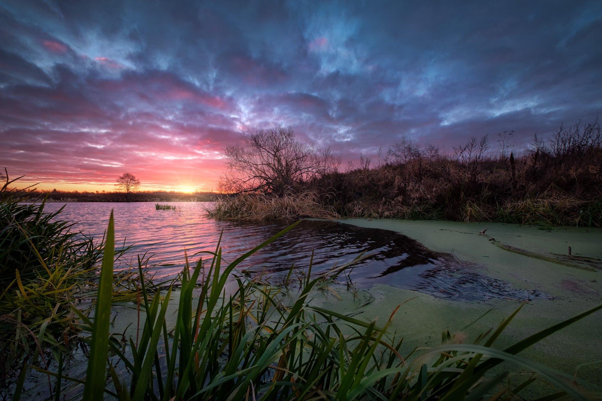 дубна, река, ноябрь, холод, утро, рассвет, облачность, солнце, восход, вода, свет, Андрей Чиж