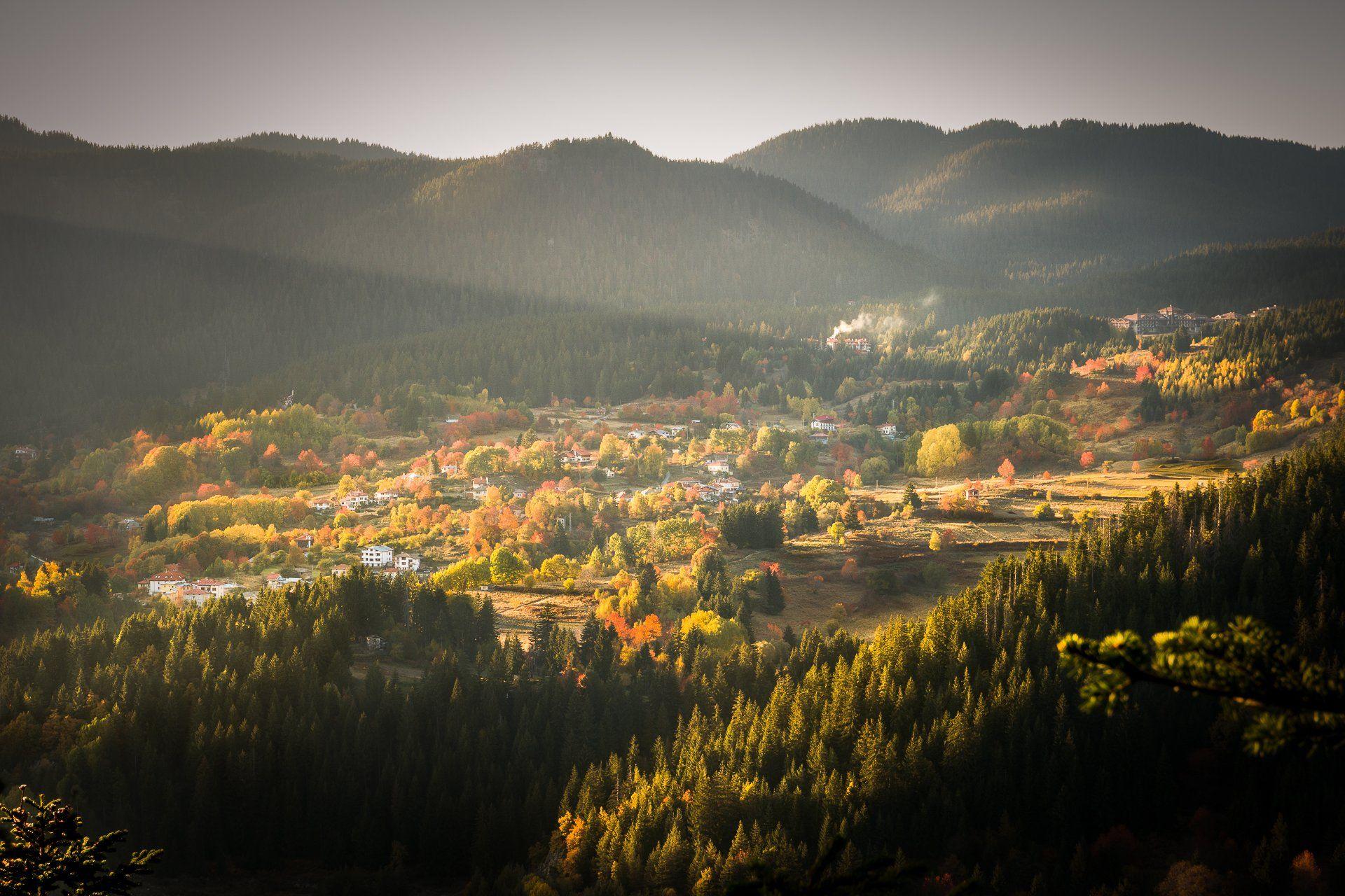 #rays, #autumn, #smolyan, #bulgaria, #house, #sunset, #travel, #journey, #rhodope_mountains, Mая Врънгова