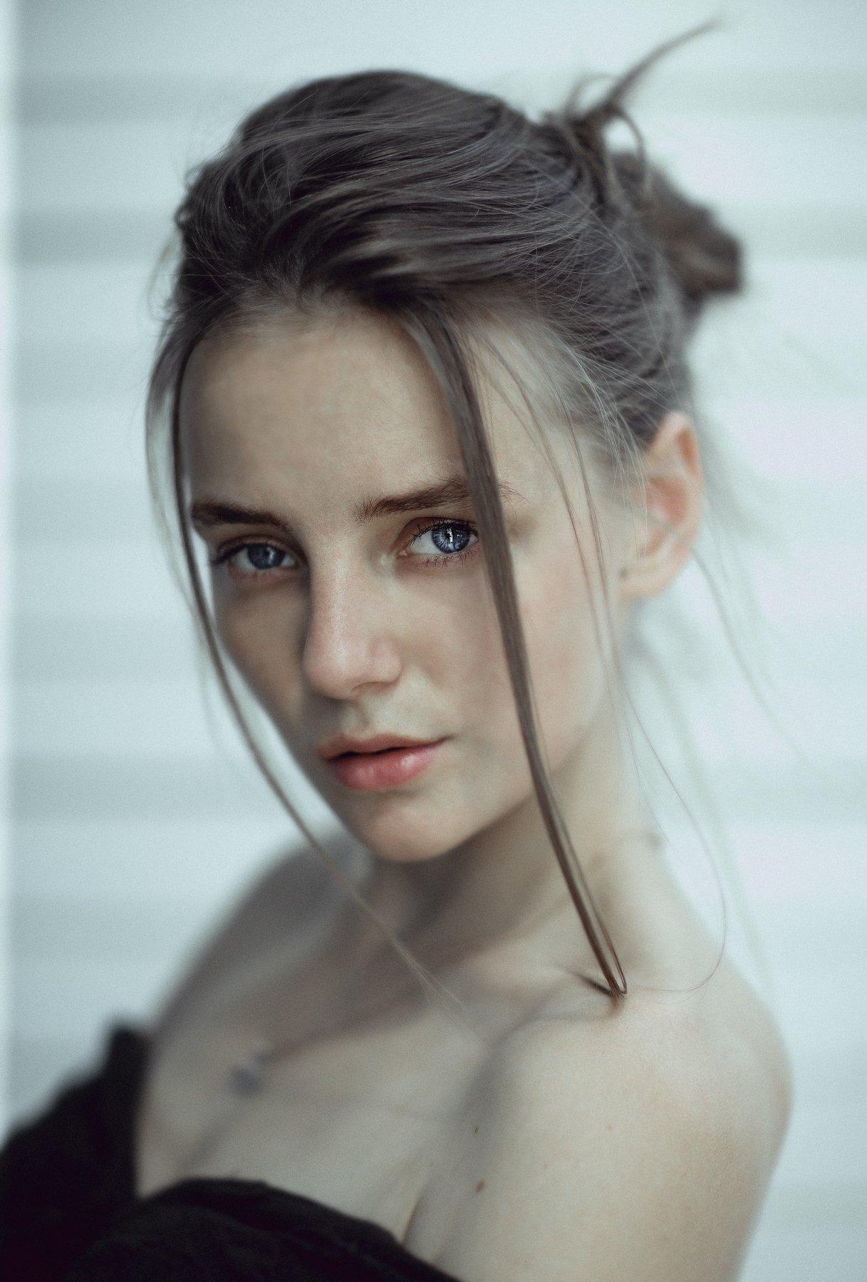 model girl eyes portrait hair natural, Салават Халиков