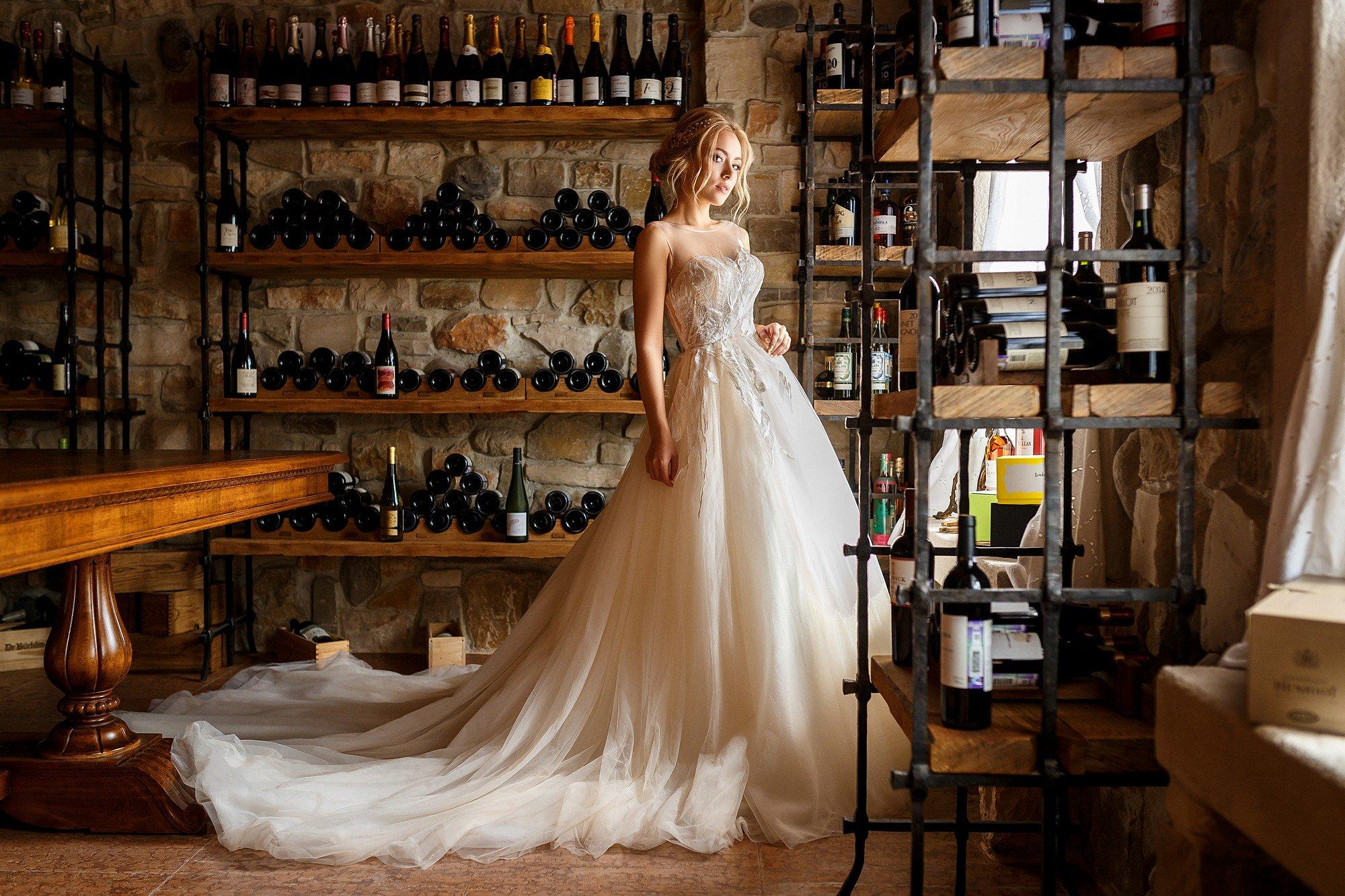 невеста, портрет, платье, свадьба, девушка, модель, погреб, вино, Косарева Анастасия