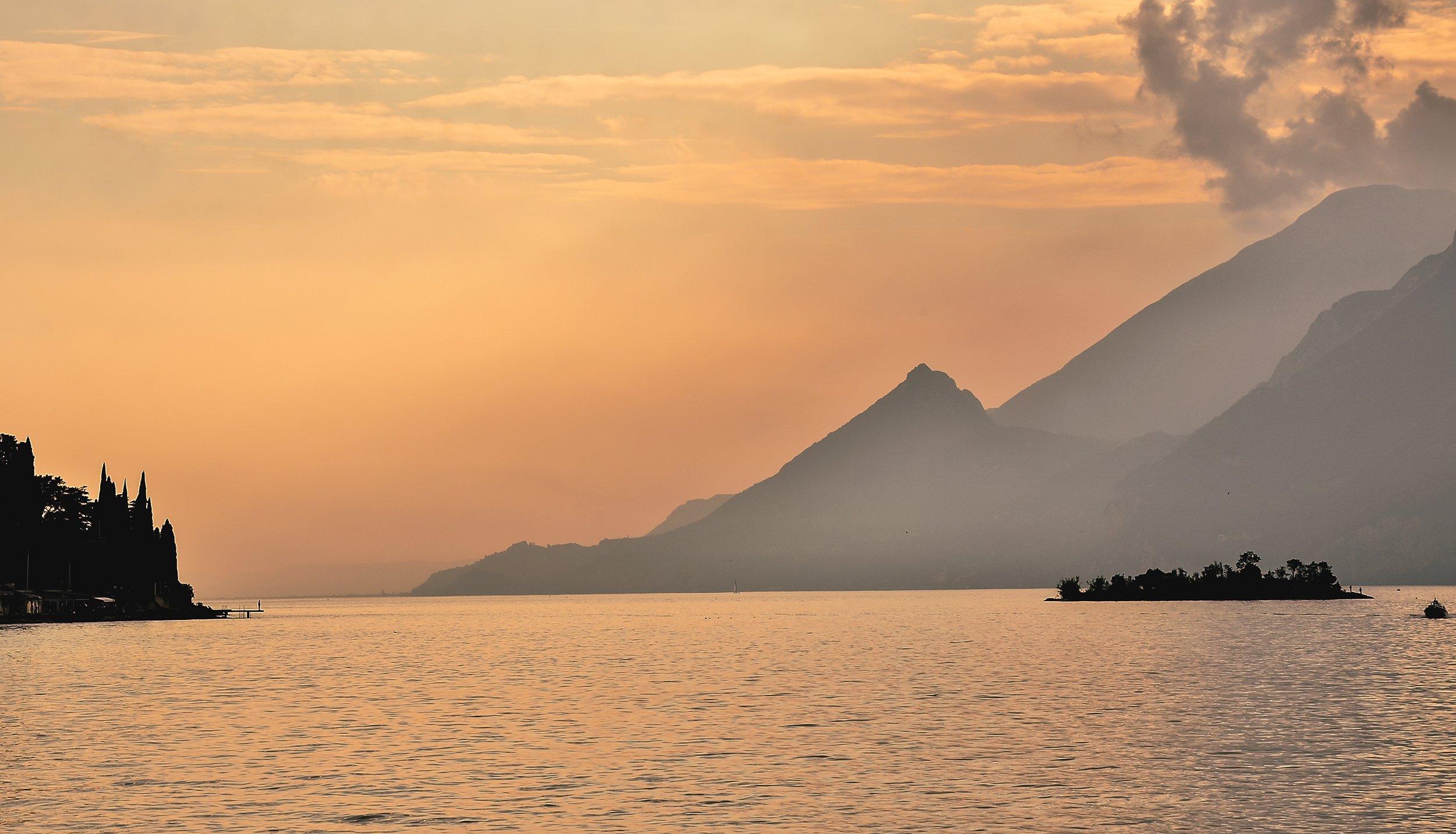 италия,озеро,вечер,вода, Natali Bol