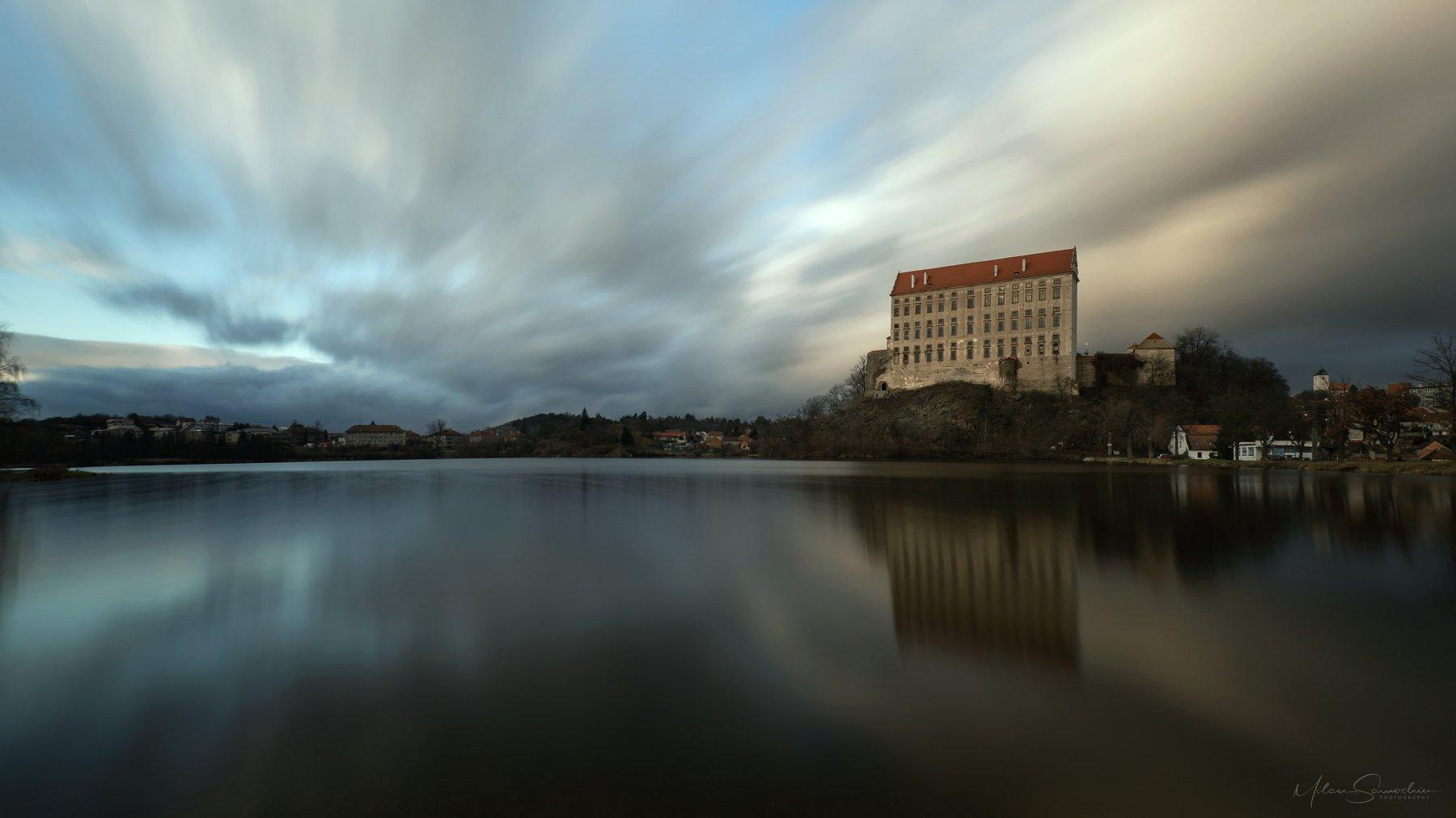 sky, kastle, longexpoure,lake,, Samochin Milan