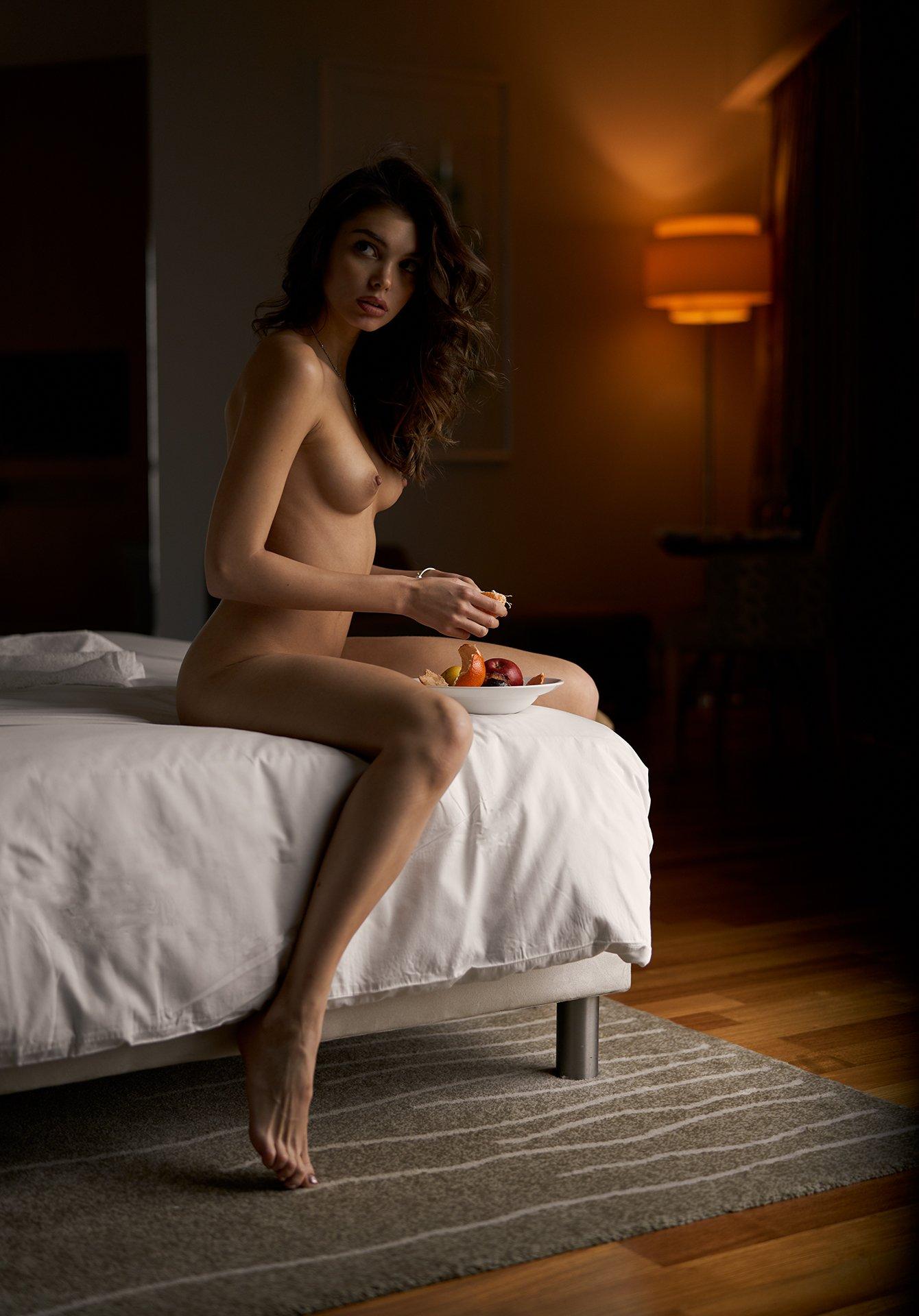 nude, naked, hotel, fruits, natural light, beautiful, nice, sexy, beauty,, Роман Филиппов