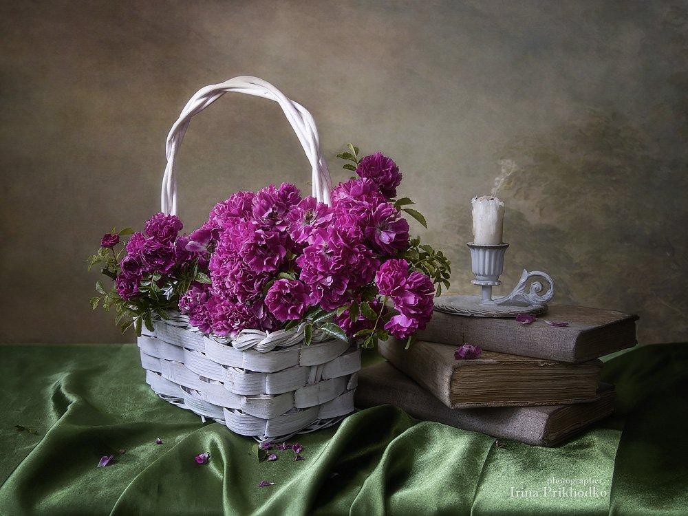 натюрморт, плетистые розы, книги, настроение, ретро, винтаж, свеча, Приходько Ирина