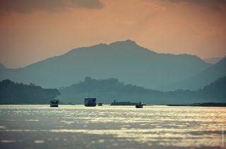 Закат на р.Меконге.
