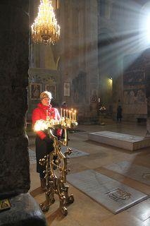 В прежние эпохи храм был некрополем и тут были захорнены почти все грузинские цари, начиная с XII века