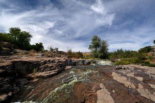река горный Тикич, через 5 минут наполнится водой ...
