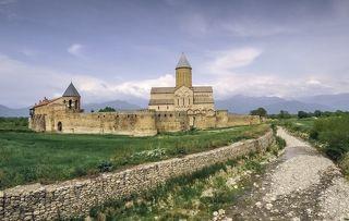 Храм Алаверды