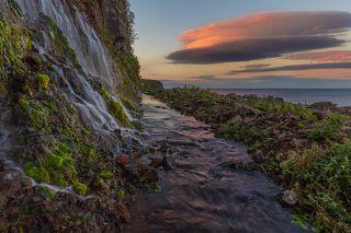 Стена водопадов, о. Итуруп, Курильский архипелаг, Охотское море, Сахалинская область