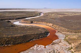 Место впадения горькой речки в оз. Баскунчак