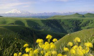 Вид на Эльбрус с перевала Гумбаши