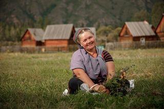 Очень добрая травница Ирина. Деревня Катазы. Восточная Тыва.