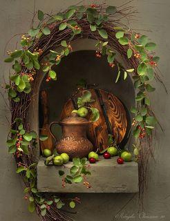 С кувшином и яблоками