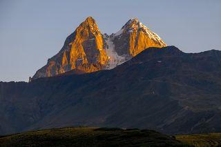 Ушба (5068 метров над уровнем моря)