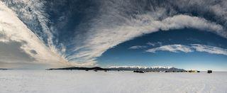 Чивыркуйский залив, вид на полуостров Святой нос