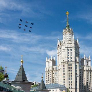 Многоцелевые истребители Су-27 пилотажной группы \