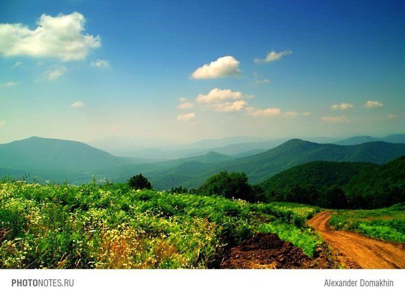 Кубань, лето, горы, Кавказ, небо, полдень, путешествия, PHOTONOTES.RU Полуденный знойphoto preview