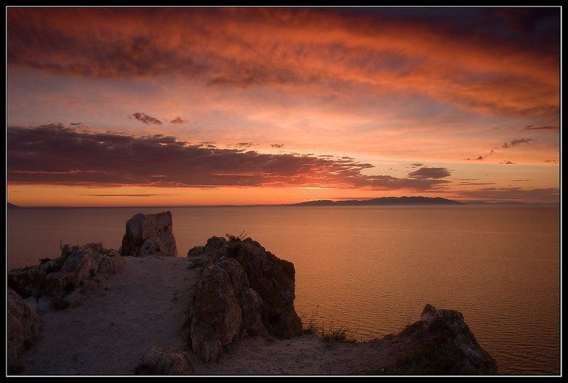 lenchik & fanizzz, озеро байкал, остров ольхон, мыс шунте левый Ярило просыпается ;-)))photo preview