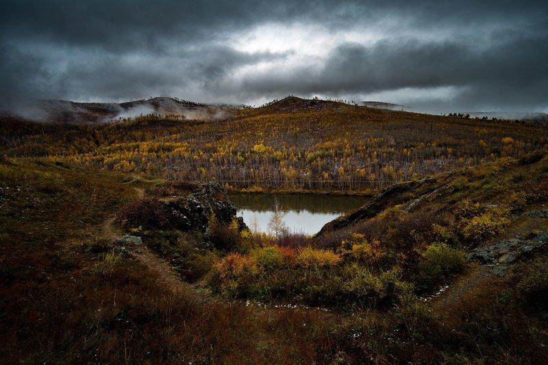 горы осень туман облака Осенний туманphoto preview