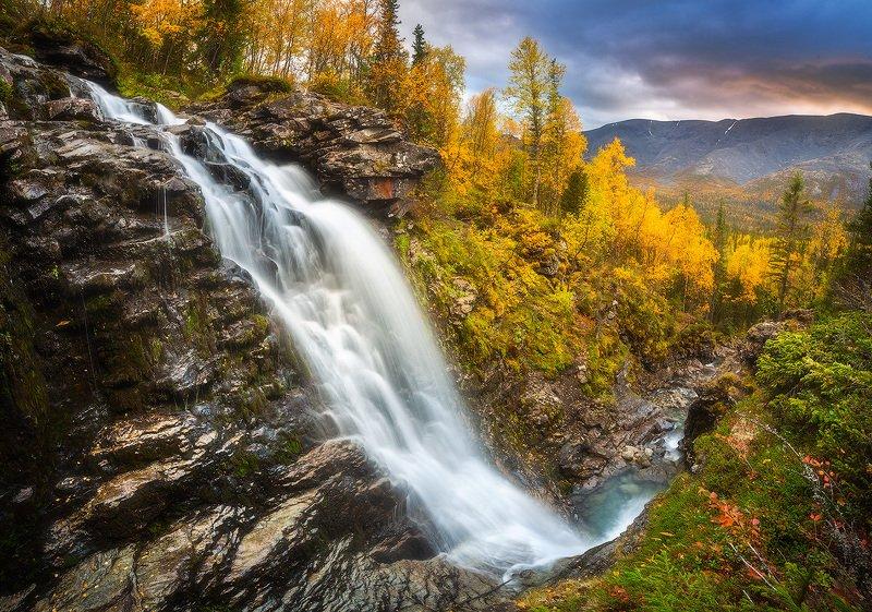 водопад, хибины, пейзаж, золотая осень Водопад Красивыйphoto preview