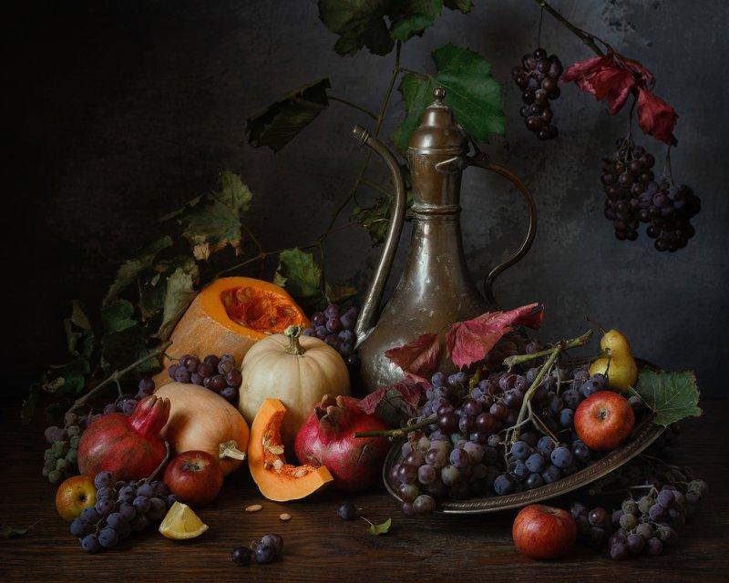 виноград, тыква, гранаты, яблоки, осень, натюрморт Осеннийphoto preview