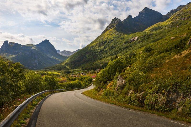 норвегия, лофотены, дорога, горы, деревья, долина, небо, облака, lofoten, norway, Путешествие по Лофотенам. Норвегия.photo preview