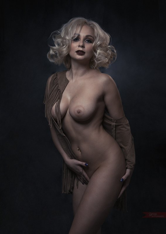 nu, nude, ню Ираphoto preview