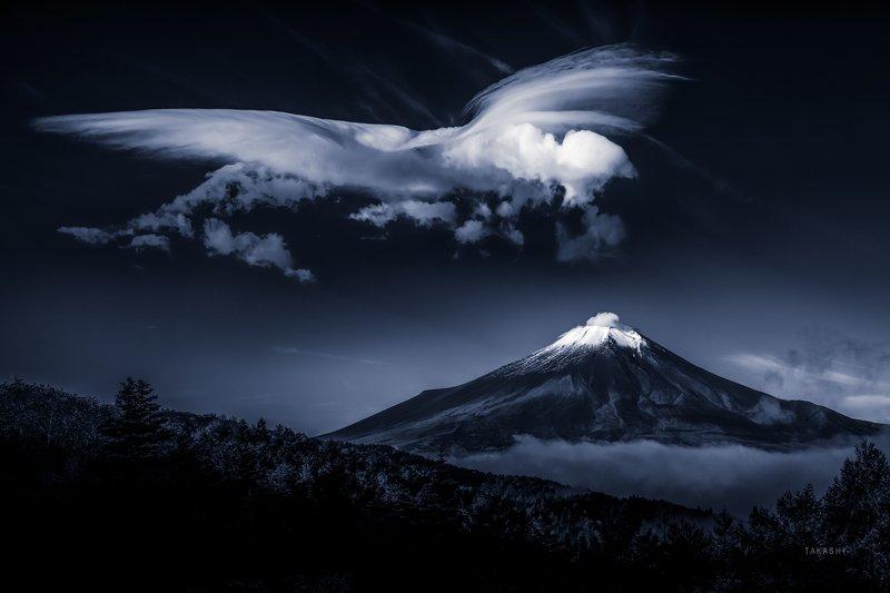 Fuji,Japan,mountain,cloud,phoenix,amazing,fantastic Autumn Phoenixphoto preview