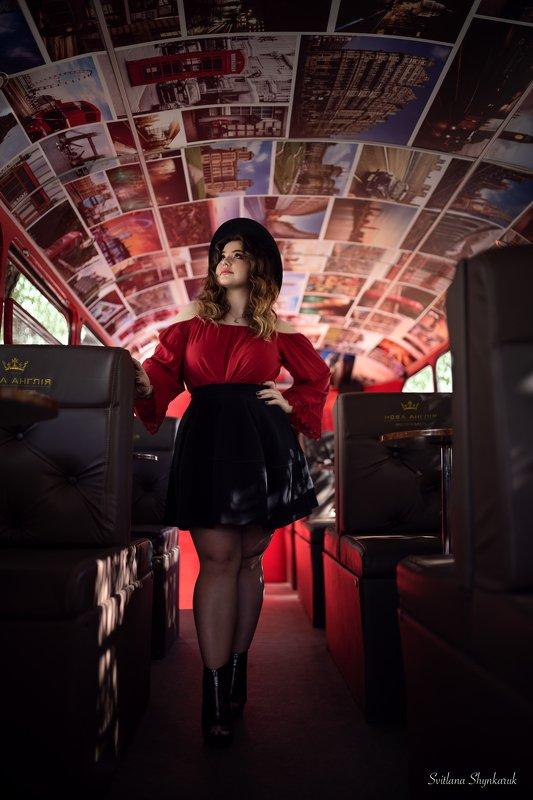 Bus portraitphoto preview