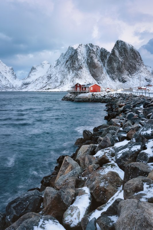 norway, lofoten, winter, islands, moutains, rorbu, red, house, stones, water Красота среди камнейphoto preview