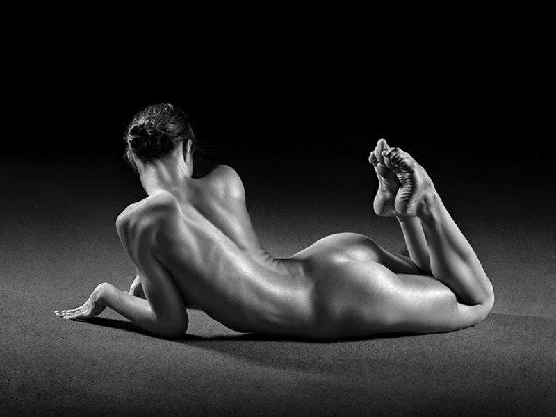 ню, акробатка, глянец, арт, эротика, гимнастка акробаткаphoto preview