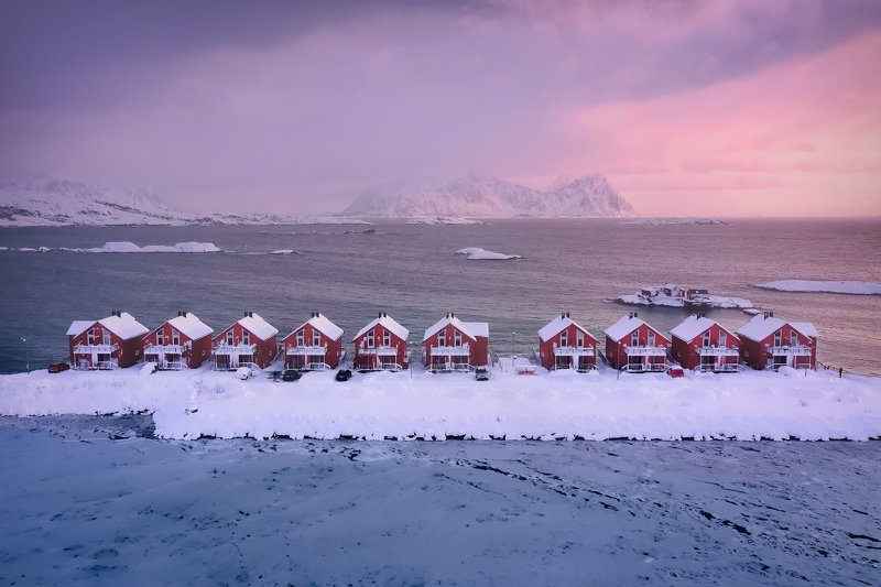 norway, svolvaer, svolver, winter, mountains, red, houses, sunrise, water, cold, snow С видом на горыphoto preview