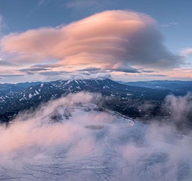 камчатка,вулканы,горелый,аэрофотосъёмка,рассвет,утро Облака и Вулканы...photo preview
