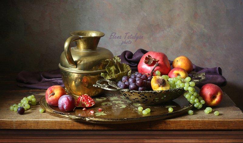 фрукты, поднос, кувшин Поднос с фруктами фото превью