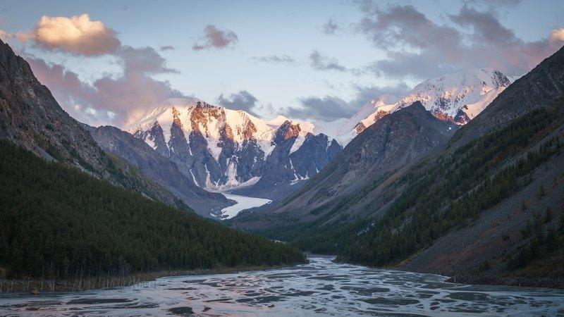 алтай, маашей, горы, озеро, горный алтай Под покровом Маашея и Карагемаphoto preview
