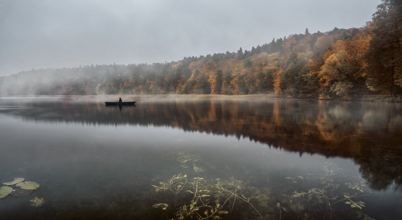 fishing,lake,morning,fog,landscape,calm,foggy,mist,lake,boat,tranquil,autumn,forest, Just fishin\'photo preview