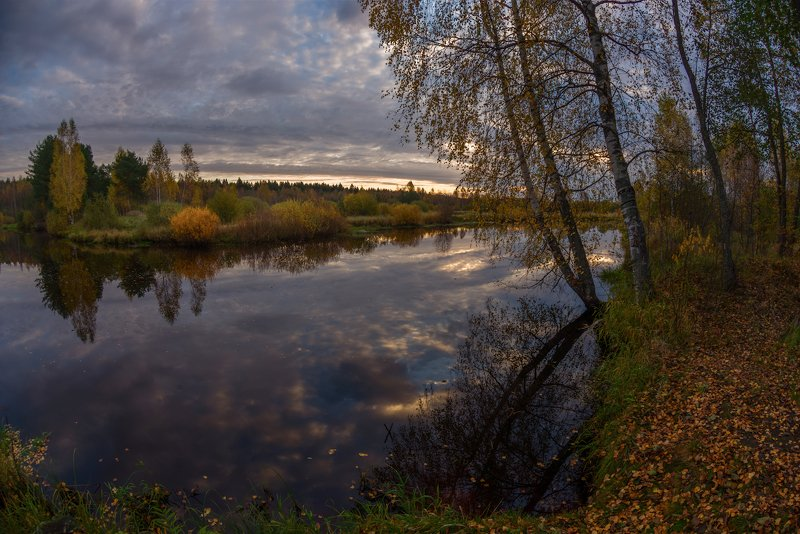 осень, утро, рассвет, тучи, река Тихое утро на маленькой речкеphoto preview
