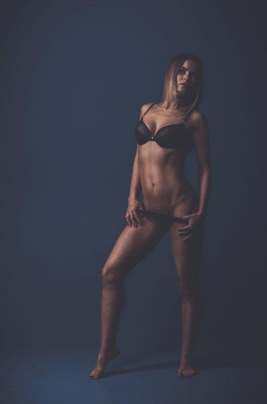 body line girl beauty fitness nikon sport hot fitphoto preview