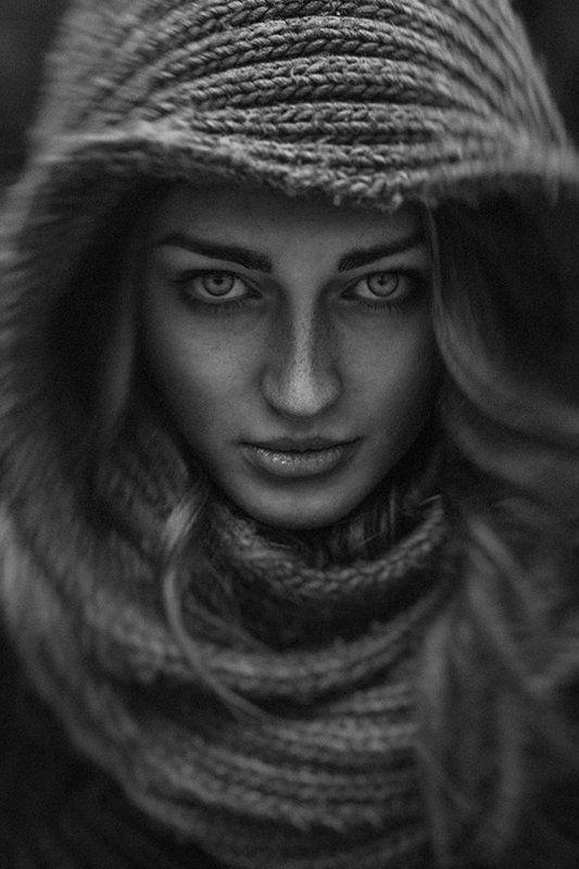 anton, perebejnos, portrait, girl, woman, black, and, white, concept I Will Let You Burnphoto preview