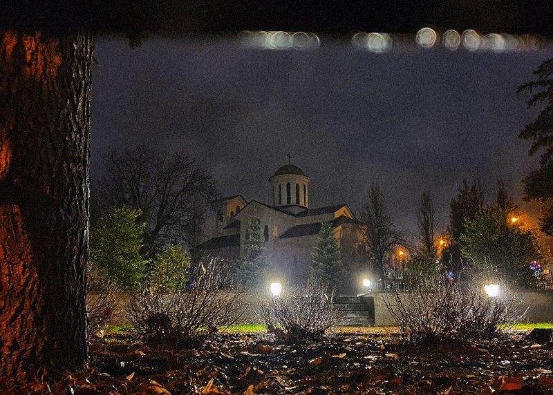 храм, вечер, дождь Непогодаphoto preview