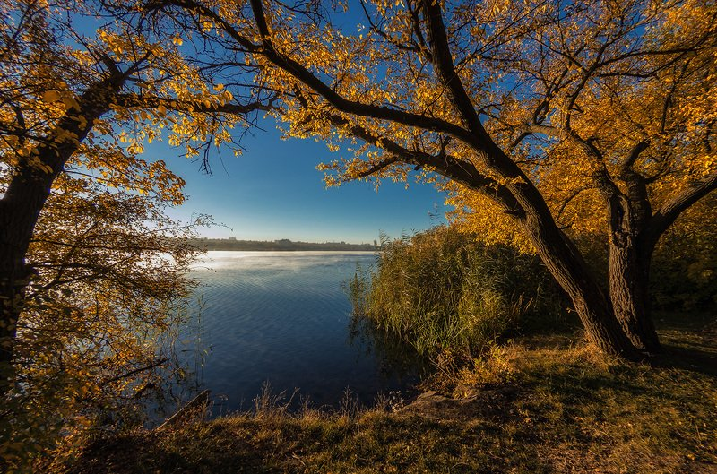 Октябрь. У реки.photo preview