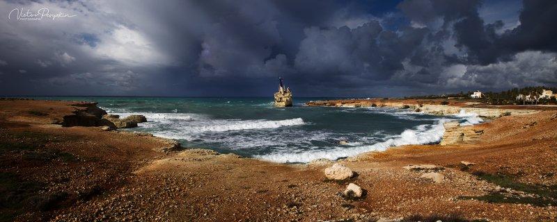 Кипрский пейзажphoto preview