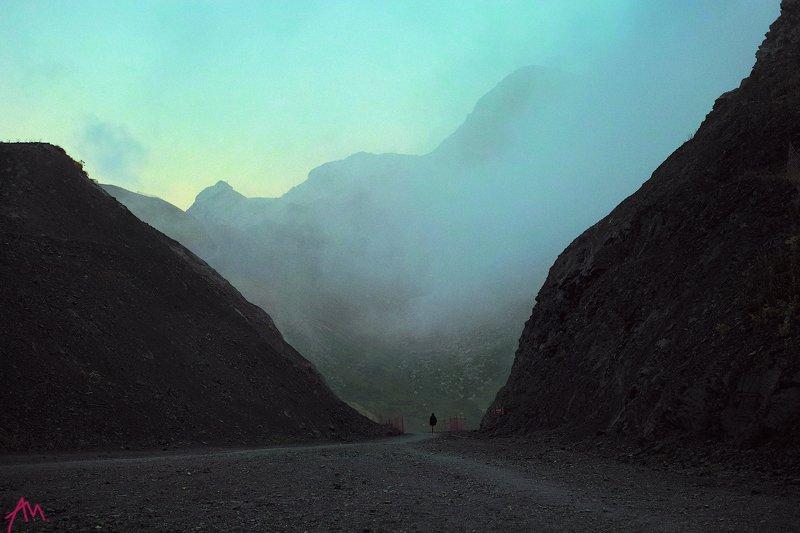 сочи, горы, альпийские, горная карусель, сумерки Ущельеphoto preview